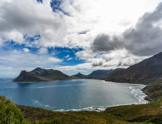 Hout Bay bei Kapstadt als Zwischenstopp auf einer Südafrika Safari Reise