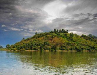 Wolken über dem Lake Bunyonyi