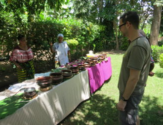 Mto Wa Mbu mit cookyourtrips Mittagessen bei den Lokalen